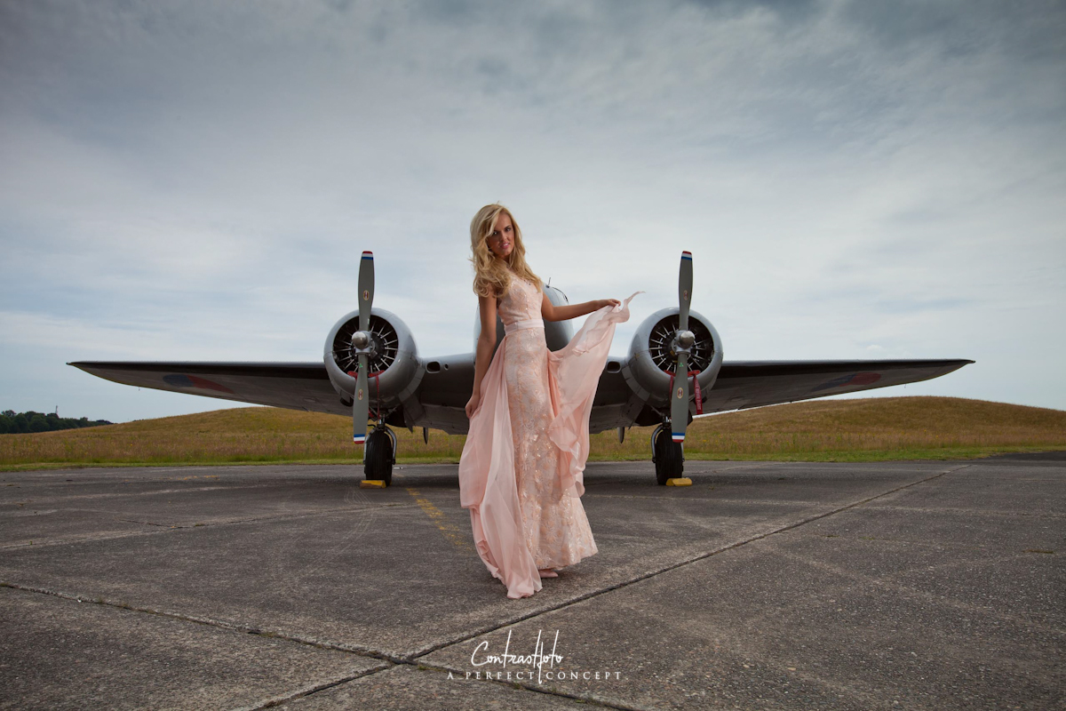 Pin up and planes